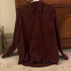 Men's long sleeve button up shirt Size M